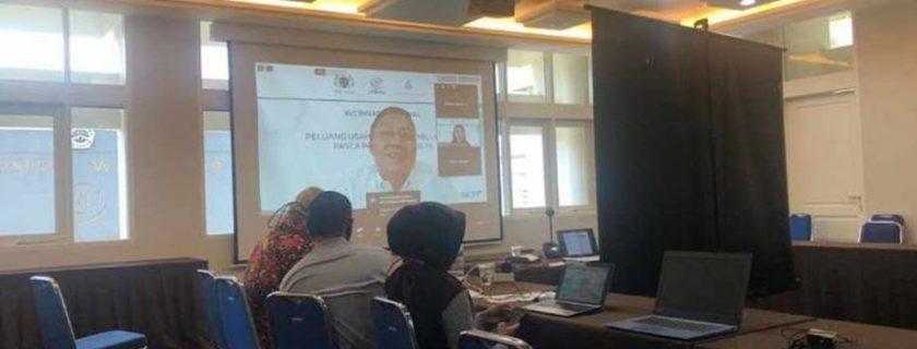 Kegiatan Seminar Nasional ( Webinar) Peluang Usaha Generasi Millenial Pasca Pandemi Covid-19